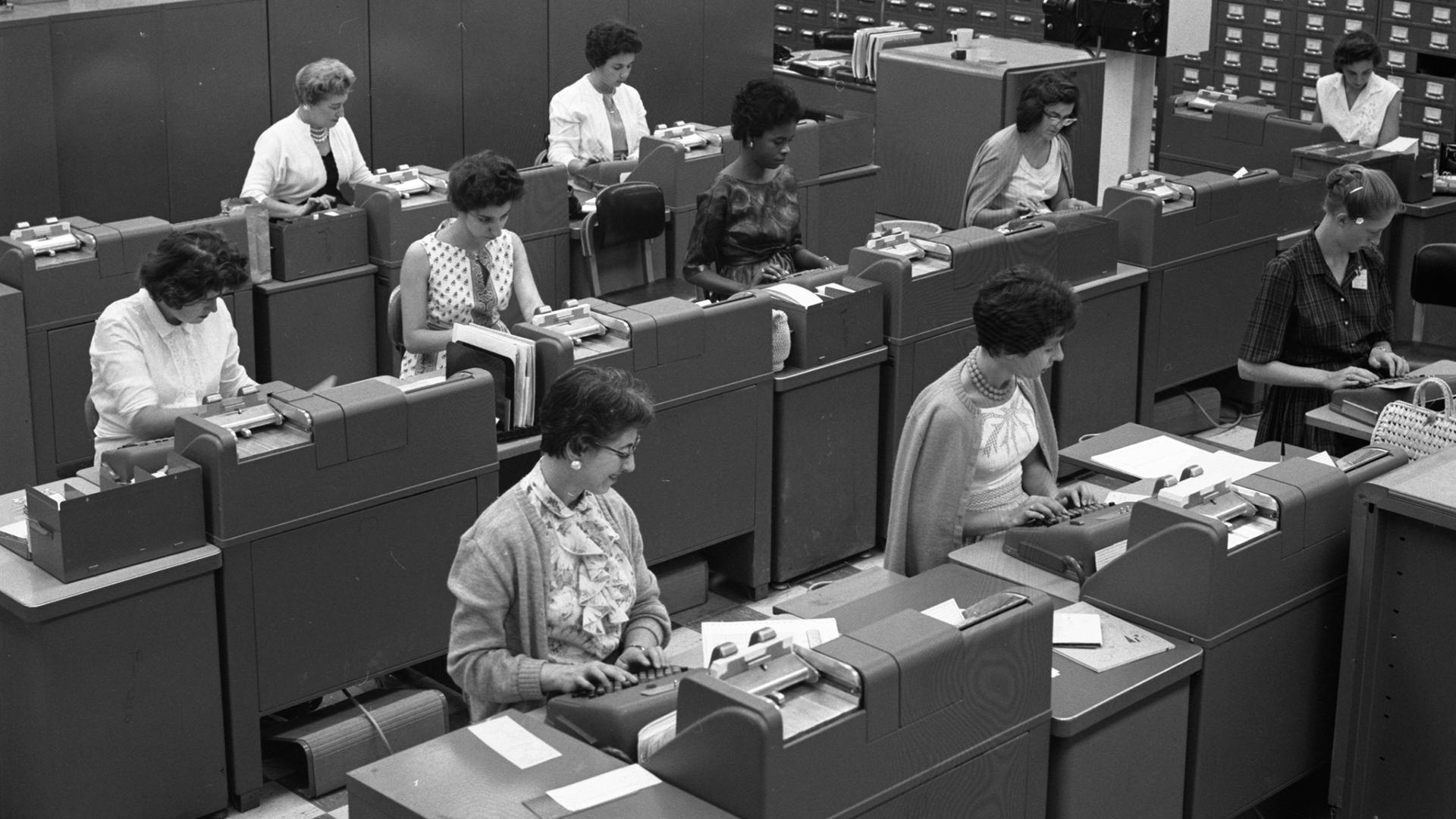 Card Room 1962